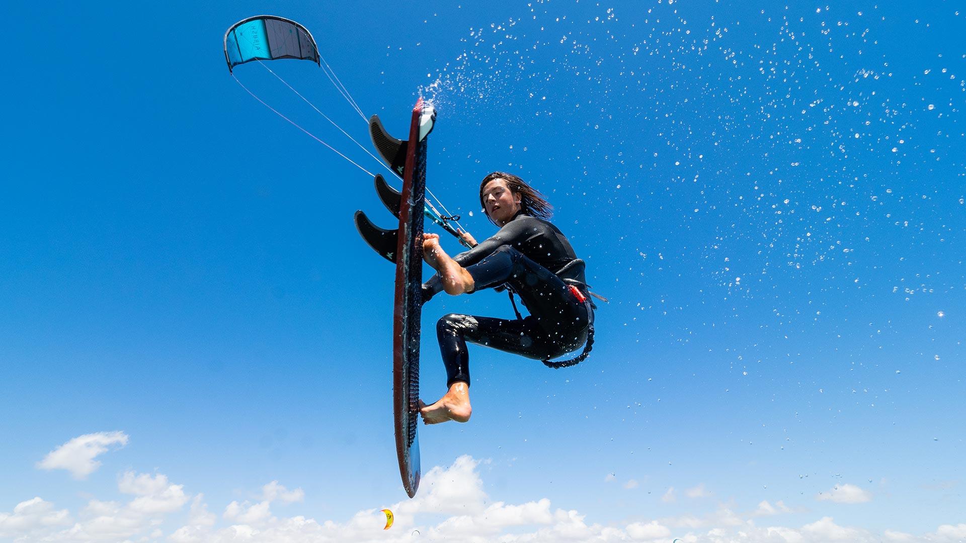 21_Airush_Gallery_Kites_Lift_Slate_img-07