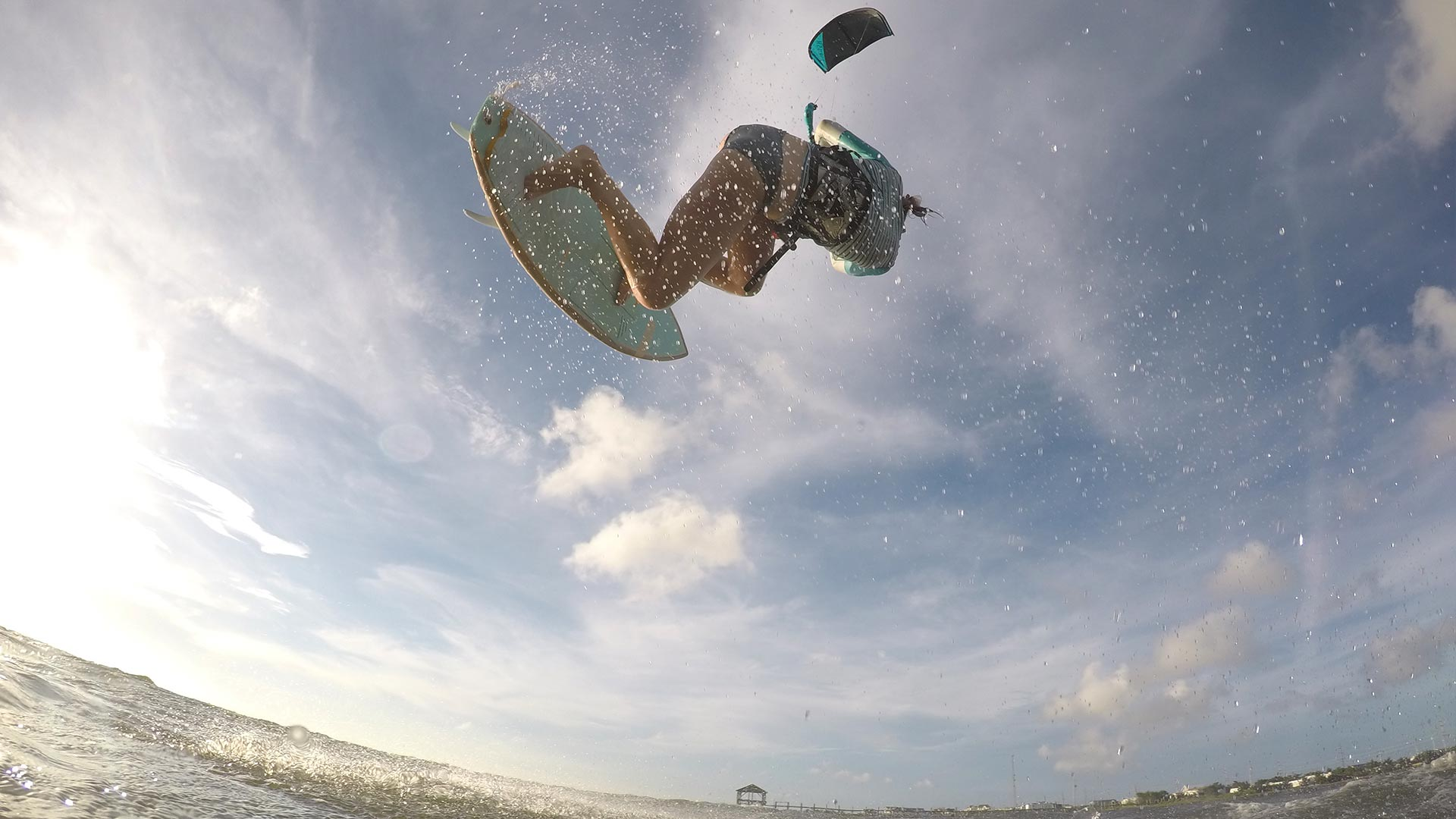 21_Airush_Gallery_Surf-Directionals_Diamond_Teal_img-01