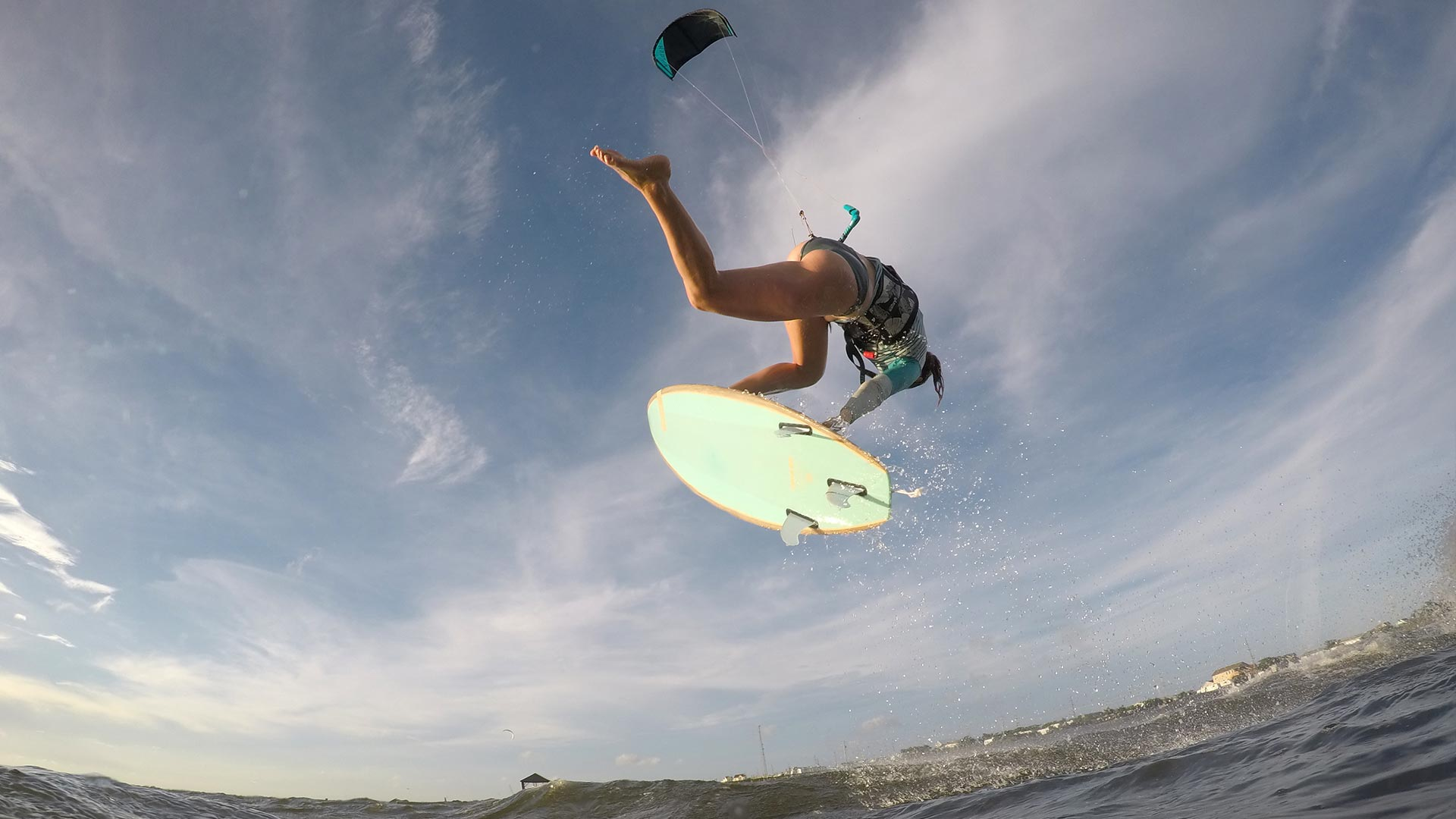 21_Airush_Gallery_Surf-Directionals_Diamond_Teal_img-02