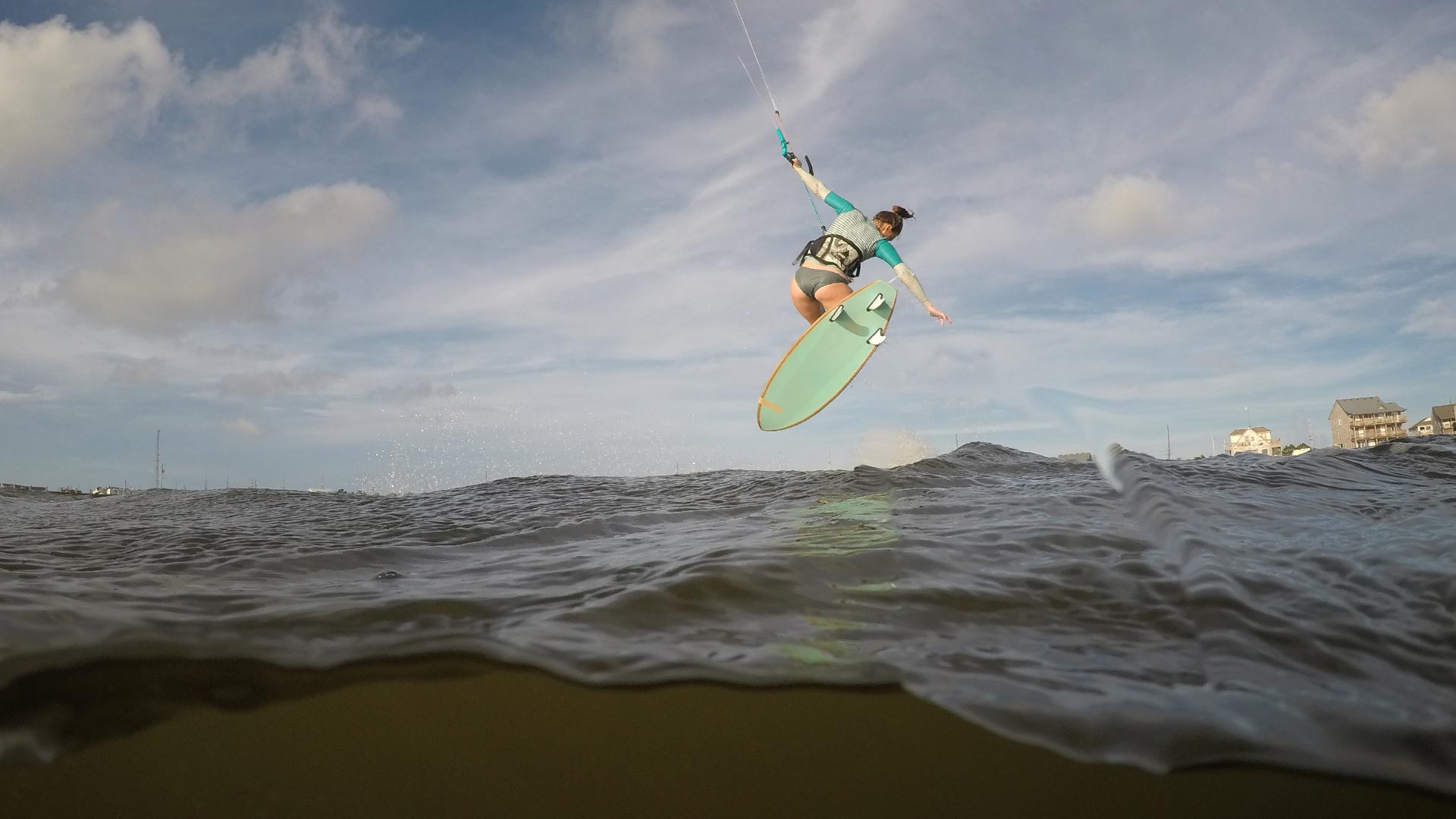 21_Airush_Gallery_Surf-Directionals_Diamond_Teal_img-03